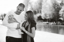 sweet dallas family embraces their 6m old little girl